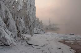 Изморозь. / Морозный берег Енисея.