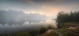 """""""За туманом не прогретый первым солнцем дремлет цвет..."""" / Нижегородская область, Семёновский район, река Керженец"""