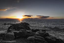 Рассвет над морем. / Лигурийское море. Италия.