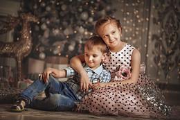 Брат и сестрёнка /