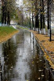 Мокрая пятница / Дождь набережная осень