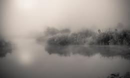 На озере. / ***