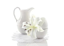 Про молочно-белую лилию... / -----