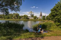 живем без спешки / июнь, Подмосковье, окрестности Иосифо-Волоцкого монастыря
