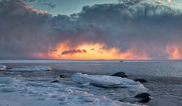 Накануне весны. / Финский залив,Ленинградская область.