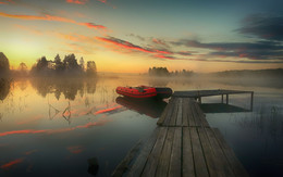 / рассвет на озере