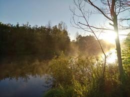 утренняя зорька на реке / рыбачил ранним утром на реке и не удержался,запечатлил сие явление природы!!!