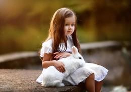 Грусть / Купите мне белого кролика...