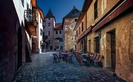 """Городок. / Жемчужина региона Рона-Альпы - небольшой, но очень живописный, уютный, похожий на средневековую деревушку, городок Анси или как его еще именуют """"Савойская Венеция"""". Старинные улочки с покосившимися домами, узкие цветущие каналы..."""