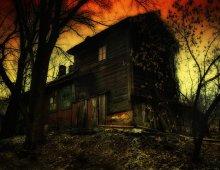Дом с привидениями или Заходите к нам на огонек. / HDRI  Дом в двухстах метрах от центральной улицы города Могилева