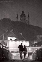 """Киевское настроение... часть третья... / На """"шатающемся"""" мосту, у Почтовой площади...  Первое фото из этой серии - http://photoclub.by/work.php?id_photo=53106&id_auth_photo=2189#t Второе - http://photoclub.by/work.php?id_photo=72650&id_auth_photo=2189#t"""