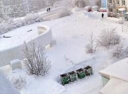 Заснеженная пятница / а снег идет