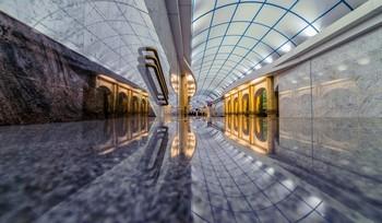 Метро. / Петербургский метрополитен является самым глубоким в мире по средней глубине залегания станций. Многие станции имеют оригинальное архитектурно-художественное оформление, 8 станций признаны объектами культурного наследия.