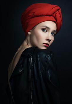Без названия / Ph: Ariadna Belkina  Md: Jacqueline Bogatyreva