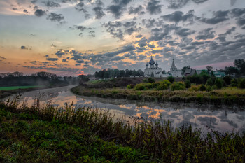сентябрьское утро / сентябрь, утро, Суздаль, вид на кремль