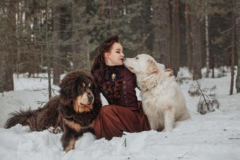 Девушка с собаками / Ph: Roman Sergeev http://vk.com/srfoto