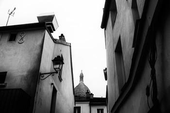 Без названия / Купол базили́ки Сакре́-Кёр на Монмартре .Париж