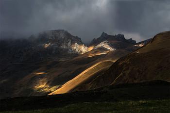 Сквозь мрачные небеса / Национальный парк Алания