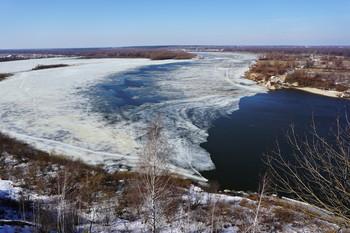 31 марта на Оке. / Последний день марта на реке. Скоро тронется лёд.