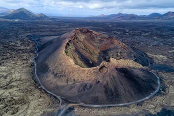 Caldera de los Cuervos / Остров Лансароте (Канарские острова), дронофото