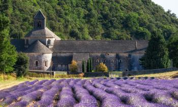 Нотр Дам де Сенанк / Прованс, южная Франция