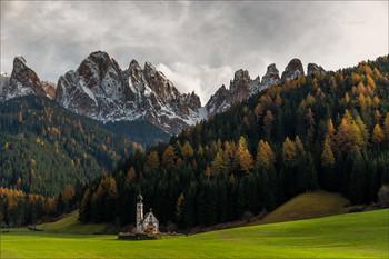 """""""La magia della Val di Funes"""" / Осень в Доломитах."""