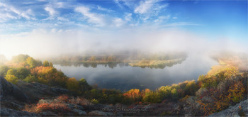 Осенний Гипанис / Река Южный Буг имеет древнее название Гипанис. Каменистые берега, покрытые степной растительностю, особенно привлекательны осенью.