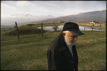/ Евгений Иванович Комаров - известнейший крымский пейзажист. Ему сегодня 86! Снимок сделан в день 80-ти летия Мастера на горе Демерджи.