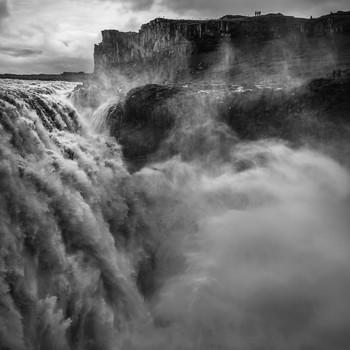 Emotions / Когда тебя переполняют эмоции приходится фотографировать)) Я так и поступил.... Исландия- самый большой водопад в Европе.  https://photoclub.by/blog/4491   проект-Пространство ЦИ