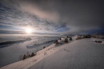 Холодный фронт над головой / Холодный январь в долине Сылвы у Посада. Пермский край.