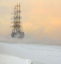 Корабль-призрак / Петербург. Нева. Парусник Мир