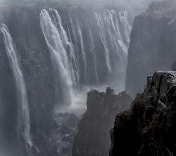Водопад Виктория / Река Замбези, Зимбабве