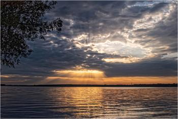 Утренний прорыв / Восход на левом берегу Днепра