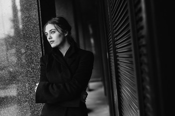/ фото: Марина Щеглова в кадре: Саша Москалева  #sheglovaphoto #фотографмаринащеглова #bnw #чернобелоефото #bnwphotography #portrait #portraitphotography #art #nikonrussia #nikon #moscow