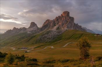 """""""MITICO GIAU"""" / Перевал Гиау один из самых красивых в итальянских Альпах."""