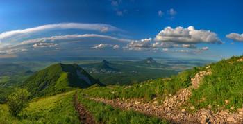 Последний день весны / По дороге к вершине горы Бештау, Кавказские Минеральные Воды