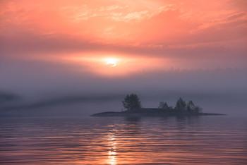 Призрачный остров... / На данный момент ближайшее путешествие на Сегозеро.... 4 июля... Поехали?! Место есть... Подробности смотрите на сайте