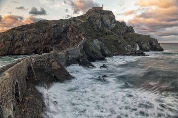 Газтелугаче, или Остров Дракона / Страна Басков, Испания