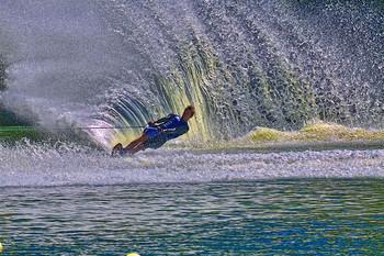 Вода, вода, кругом вода! / На чемпионате мира по водным лыжам в Днепре.