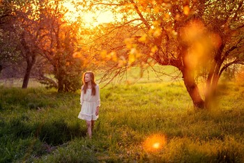 Бабушкин сад / модель Ангелина Табакова платье предоставлено фотостудией «Косплей»