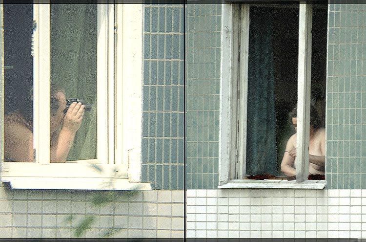 Голая девка за окном