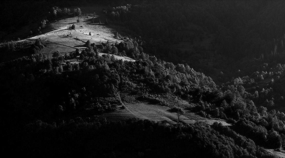 экономической жизни фото черно белые спуск к озеру этого