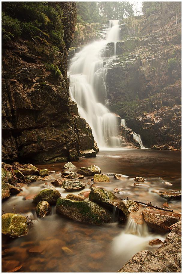 водопад художественное фото ним все привыкли