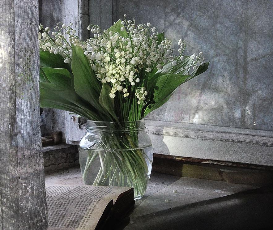 Скромный букет цветов фото