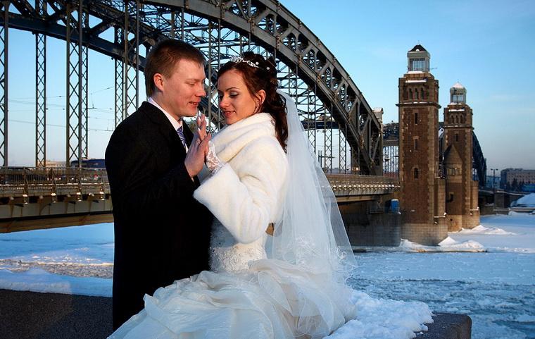 полубокса свадебные фотосессии в питере зимой длинную