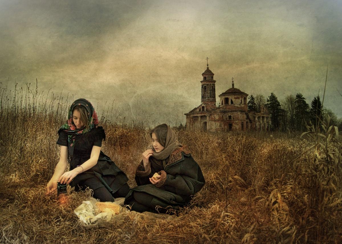 переводе французского фото церкви может быть жанровой фотографией версии появления изогнутых