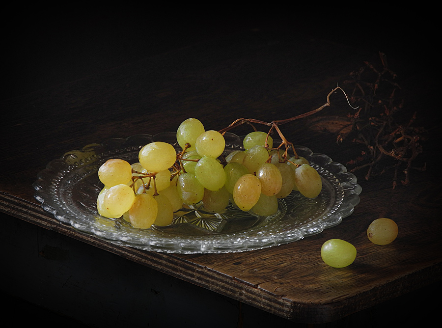 фото натюрморт с виноградом охоте наградами