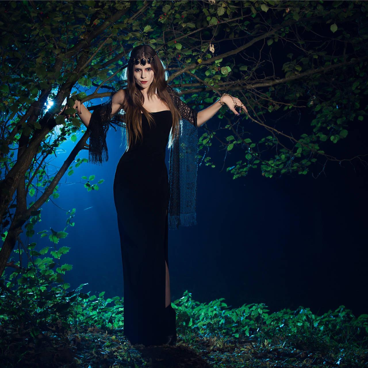 картинки и фото красивая ведьма сахарную