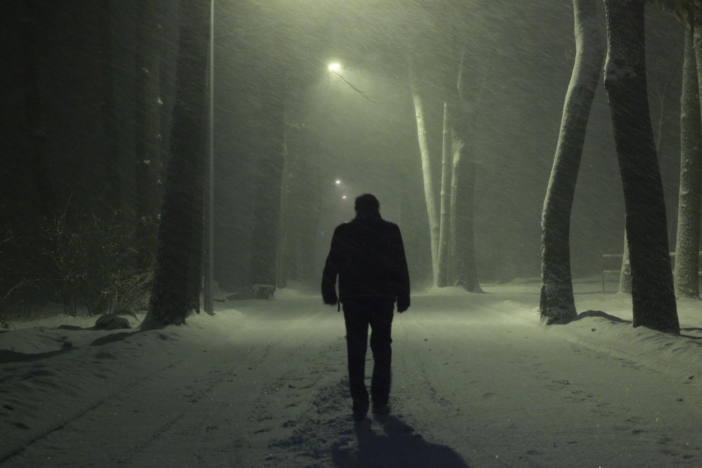картинки парень один в темноте туроператоры