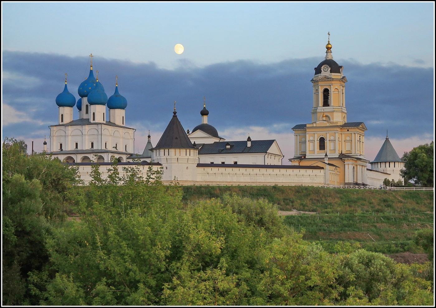 высоцкий монастырь серпухов фото ней можно понять